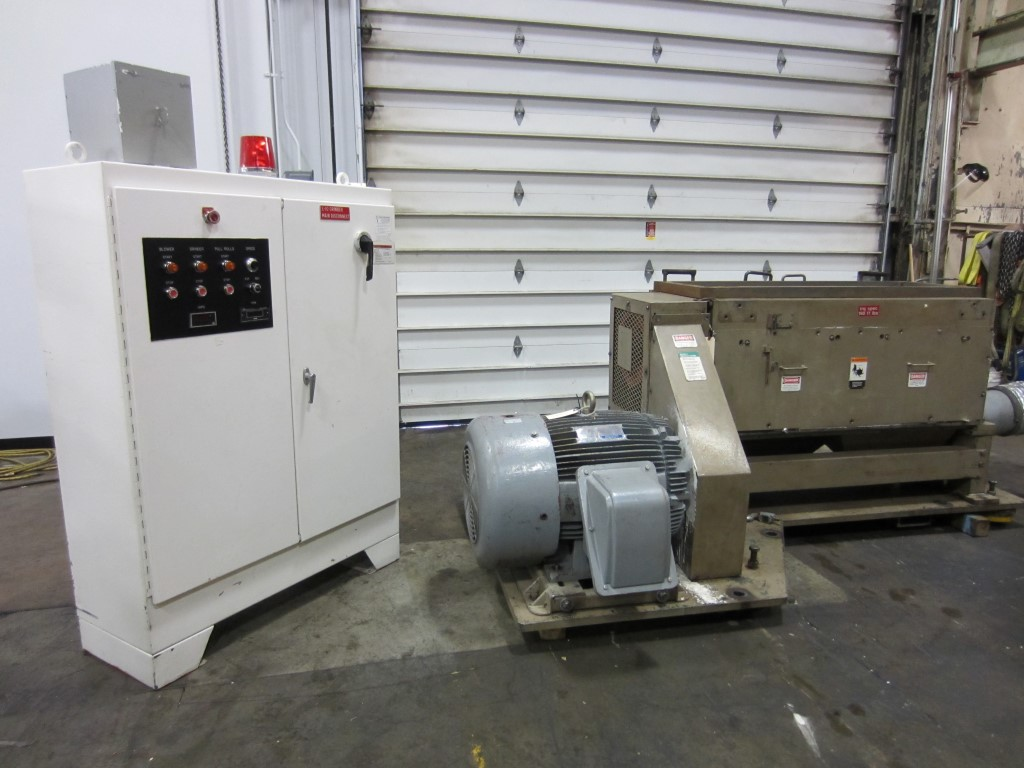 Cumberland Model 1456 Grinder - 3 Bl. Open Rotor- 100 HP